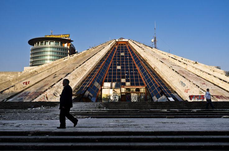 Pyramide de Tirana - Albanie