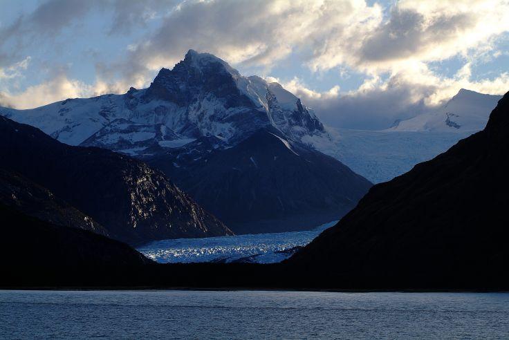 Lago Argentino - Argentine