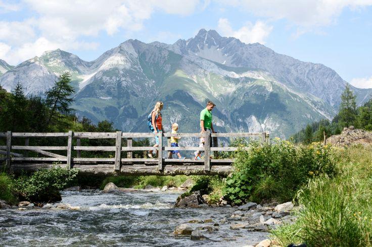 Randonnée en famille à Sankt Anton am Arlberg - Autriche