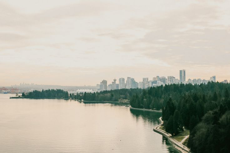 Stanley Park Seawall - Vancouver - Canada