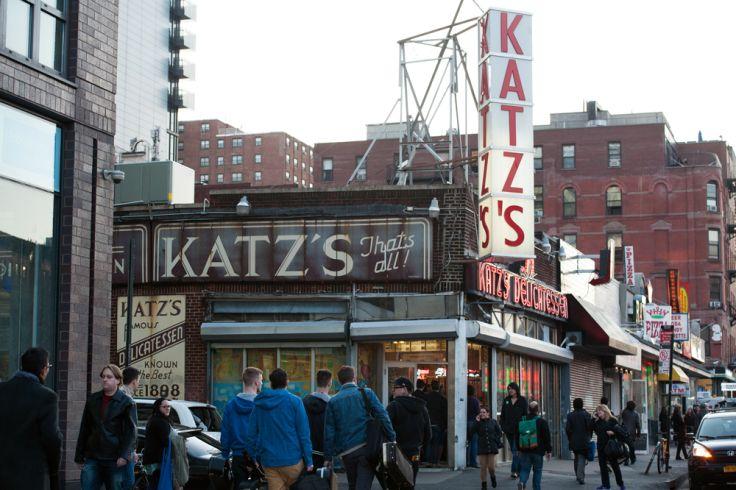 Vue du restaurant Katz's Delicatessen  New York - Etats-Unis