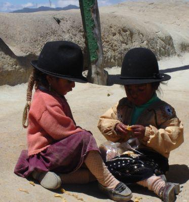 Sur Mesure en Équateur : L'Equateur en famille : c'est un pied dans chaque hémisphère !