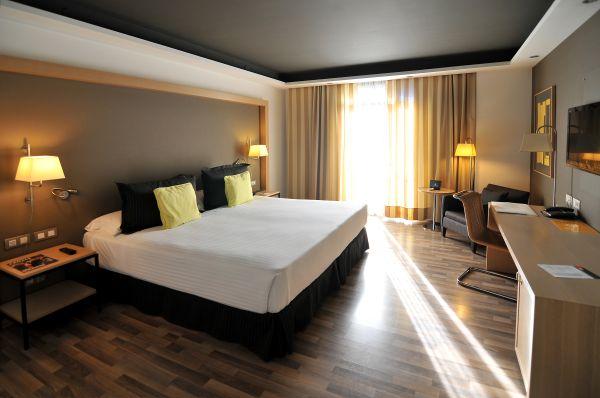 Week end design hotel jazz a barcelone voyageurs du monde for Hotel design espagne