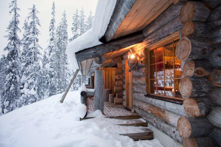 Un hiver finlandais - Rennes, sauna & rondins de bois