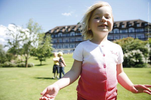 Séjour en France : Offre spéciale - Les enfants invités à l'Evian Royal Resort !