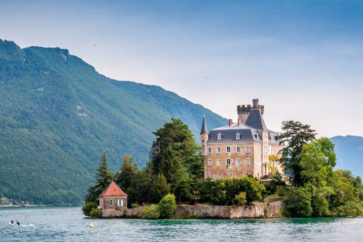 Chateau de Duingt - Annecy - France