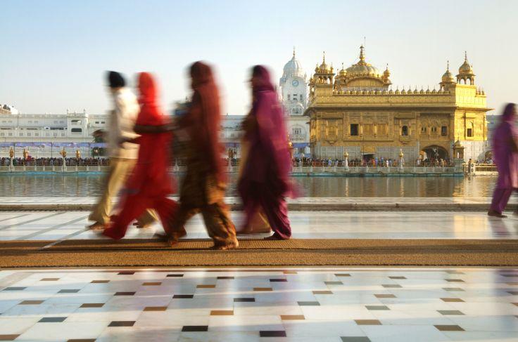 Pèlerins sikhs au Temple d'Or (Harmandir Sahib) - Amritsar - Inde