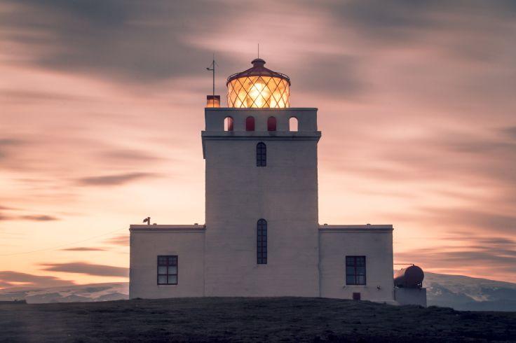 Séjour d'été en phare privé - Une Islande sauvage & intime