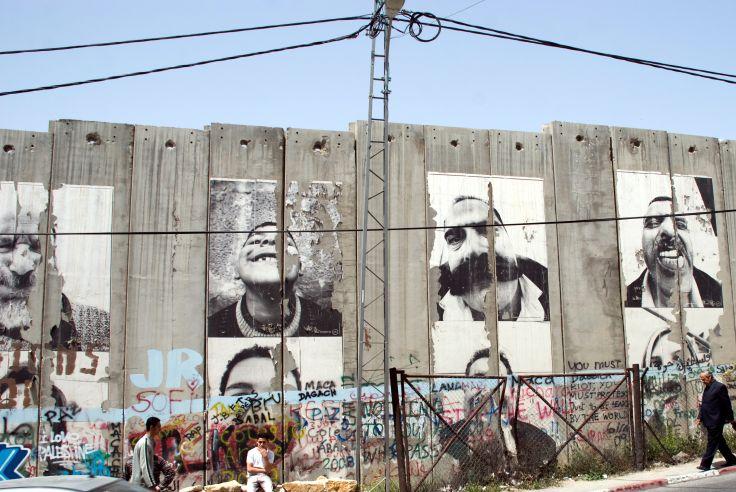 Photographies de JR sur le Mur de Séparation - Bethleem - Palestine
