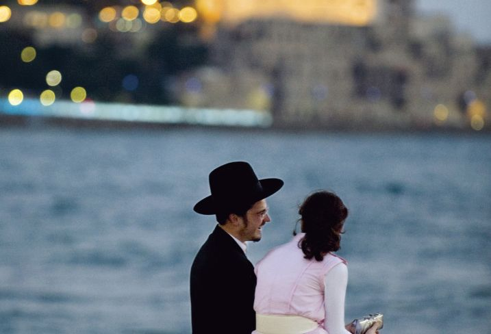 Tel-Aviv - A la rencontre de la belle intello israélienne