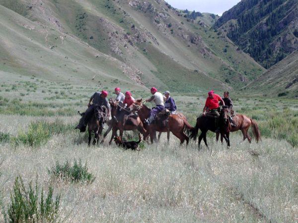 Sur Mesure au Kirghizistan : Kirghizie, le pays des nomades