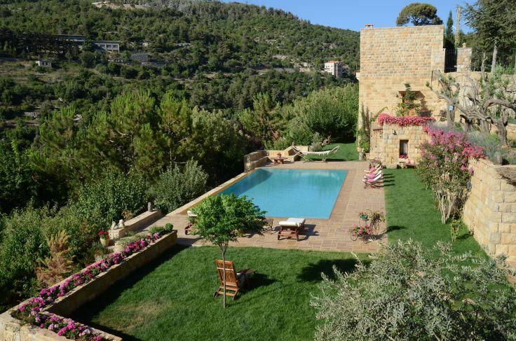 Autotour liban des montagnes du chouf beyrouth for Maison prefabriquee liban