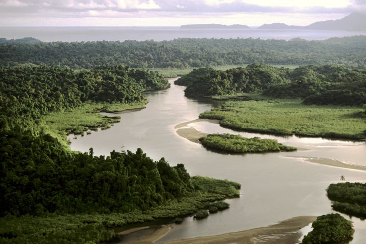 Le canal, la jungle et le sable fin - Panama authentique
