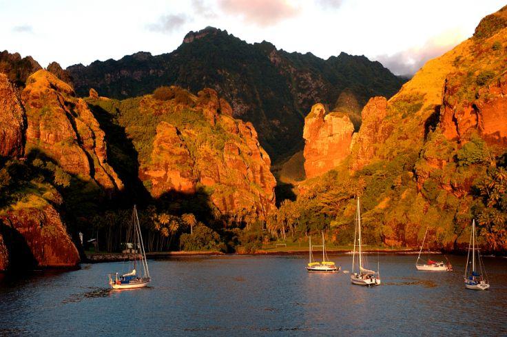 Des Marquises à Bora Bora- Des îles en vert et bleu