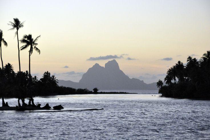 Iles essentielles - Ile de Pâques & archipel de la Société