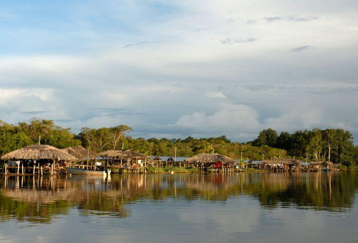 Village waraos - Delta de l'Orénoque - Venezuela