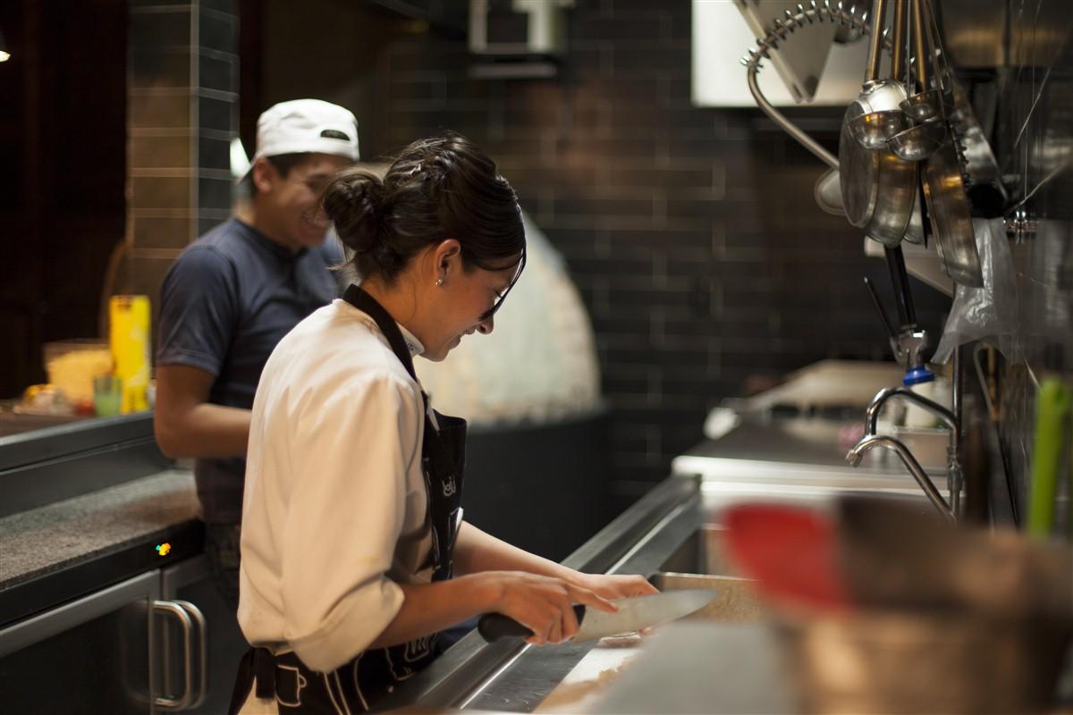 femme qui cuisine à Mexico
