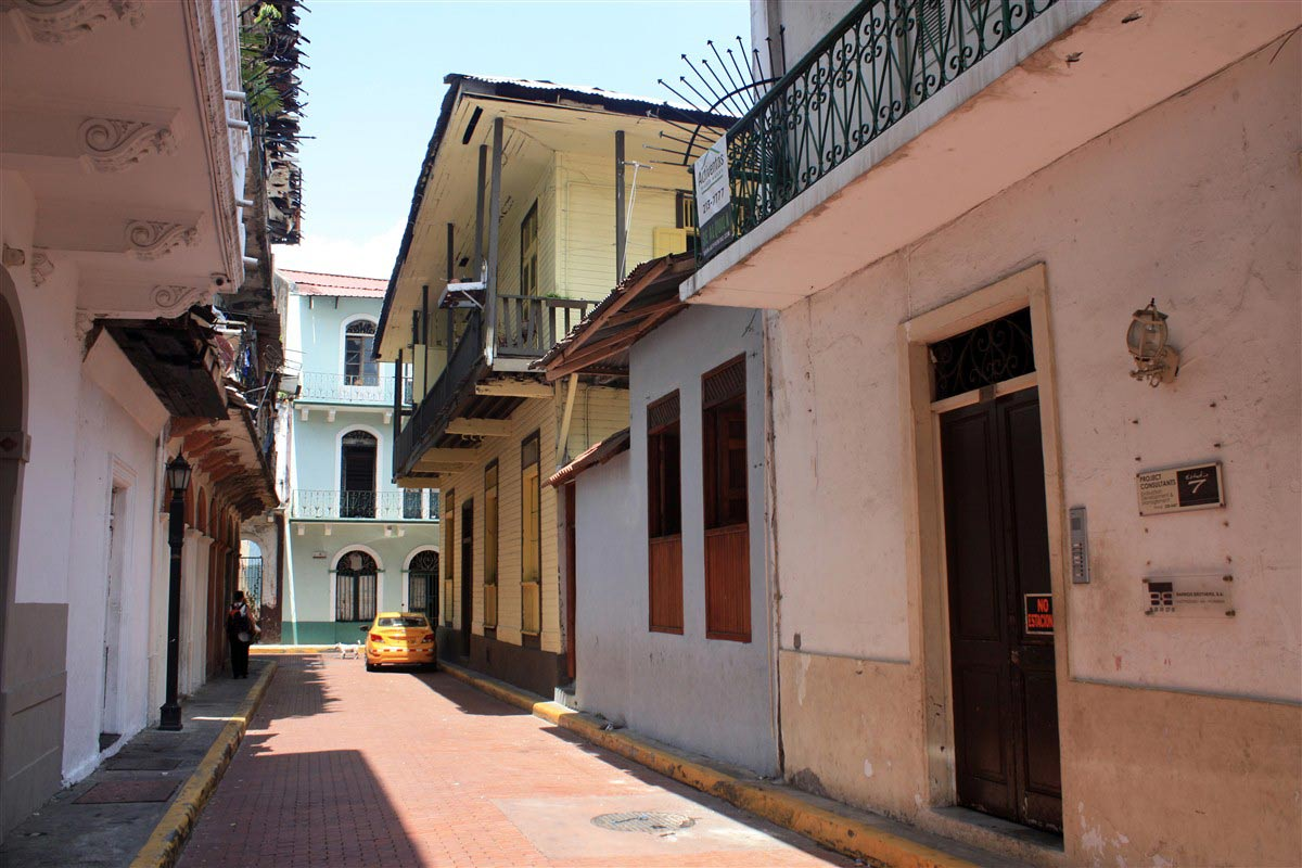 Rue de Panama City