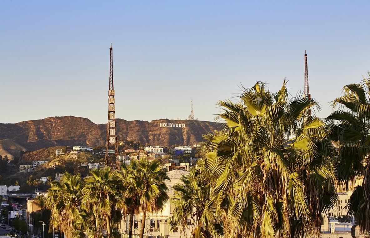 rencontres Los Angeles plus de 40 pub Clio Speed datant